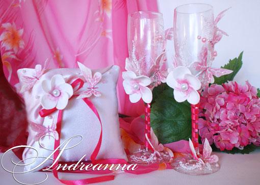 Бокалы «Розовая плюмерия Butterflies» Выполняются в любом цветовом решение. Стоимость 800 грн.