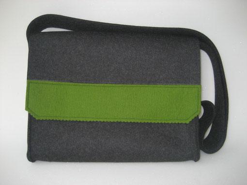 Muster 24: aufgesetzter Streifen in grün