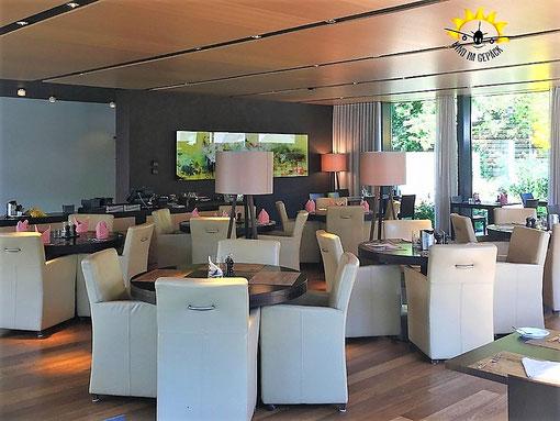 Der moderne Innenbereich des Restaurants Schnabelweid.