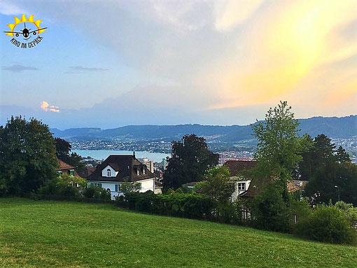 Der Blick auf Zürich unweit der Seilbahn-Station Rigiblick.