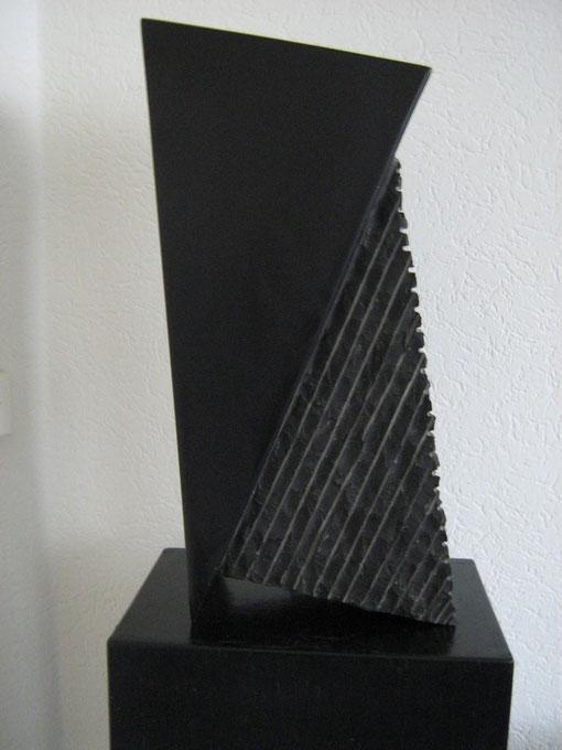 9. Zwart marmer  45x20x15