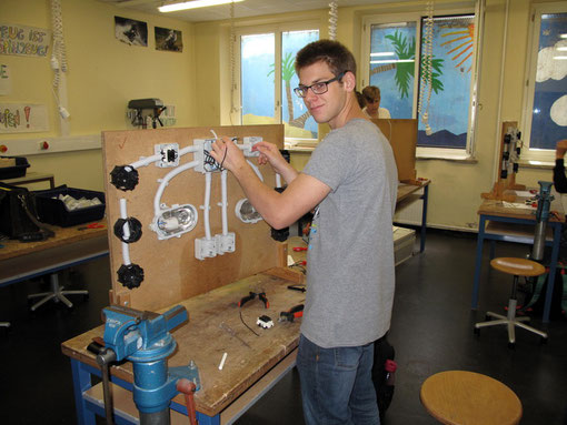 Elektronik: Bau einer Schaltung