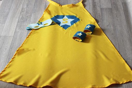 panoplie de super héros jaune made in france handmade