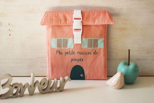 maison de poupée nomade en tissu made in france handmade