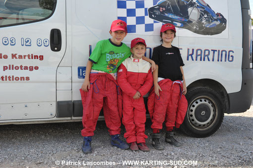 team mini kart race kids