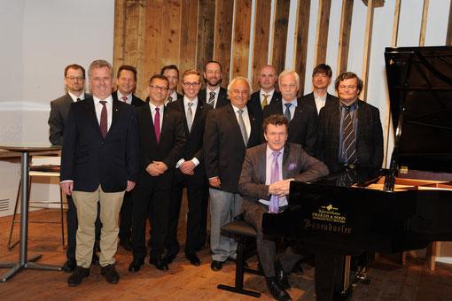 Markus Schirmer und der Lions Club Frohnleiten auf Burg Rabenstein