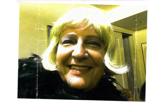 2004 La sensuale Gnocca che ha sconvolto le notti al Panta, interrogativi a Linetti, usurpazione dei festeggiamenti dedicati a chi aveva offerto la cena all'Ombretta.