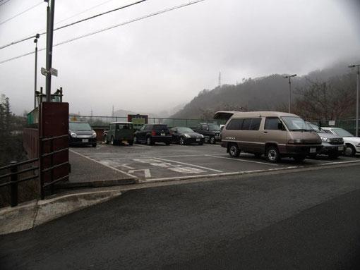 岩殿山駐車場