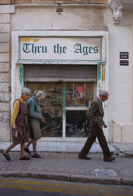 J.v.Troschke, Die Kunst des Alterns von Häusern und Menschen in Malta, 2009/2010