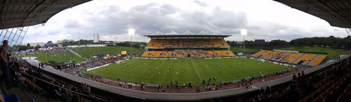 Stadium and crowds on football science Mt Smart stadium Auckland