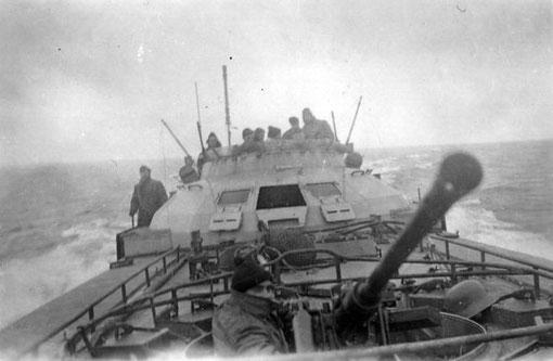 """""""S 65"""" bei einer Ausbildungsfahrt in der Ostsee - Foto: Archiv E. Skjold"""