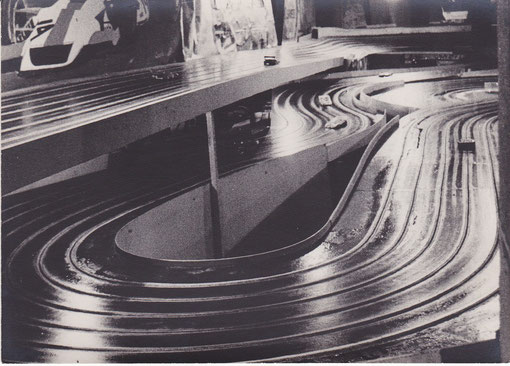 Piste 6 voies Jean-Pierre Chesne de 1973 Château-Gontier
