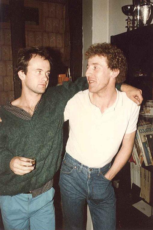 Laurent Cardin et Philippe Grenet, le soir chez Philippe, avec du jus de pommes du Calvados ( enfin, c'est plustôt une boisson d'homme )