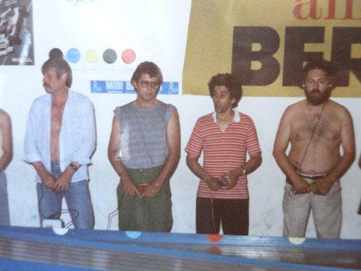 Série F1 Isle-sur-Sorgue 1987 : Henri Piola - Olivier Lair - Philippe Point - Jean-Pierre Etienne ( photo Fred Nivet )