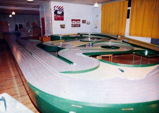 Piste de slot racing de Lyon-Bron en 1984 ( photo André Vauthier )