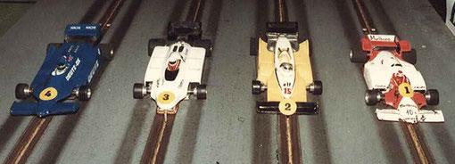 Formule 1 série 3 : Tyrrell Serge Vuillemin, Fittipaldi Fred Warnant, Renault Didier Dupuis, McLaren Gérard Caupène