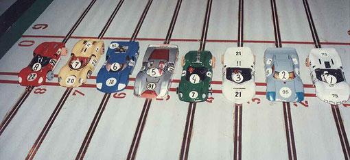 Les autos de la série 1 des 12 heures de Sebring à Anvers 1985.