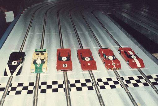 Les autos de la finale production : Chevrolet Astro ( Malherbe ), Ligier JS 2 ( Ehinger ) Ferrari GTO ( Montiglio ) Ferrari GTO ( Novarèse ) Ferrari BB 512 ( Demoget ), Ferrari GTO ( Maura Magnani )