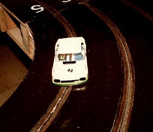 Classée 4 ième, la Jaguar XJS de Thoiry III. Châssis +PLUS+, moteur SME, Transmission 12 x 35 entièrement d'origine de Frédéric Provost, Alain Clastres et François Callat.
