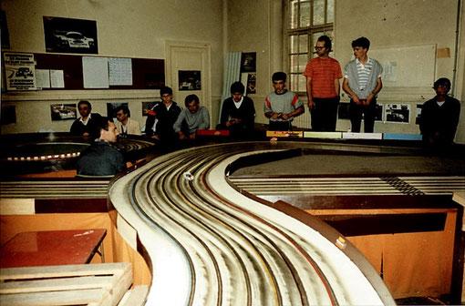 Au petit matin des 24 h du Mans 1985