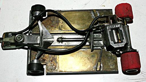 Châssis slot-car 1/32 M-F 1986. Serge Vuillemin Replica