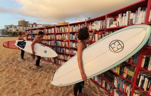 Biblioteca playera en Bondi Beach, en Australia