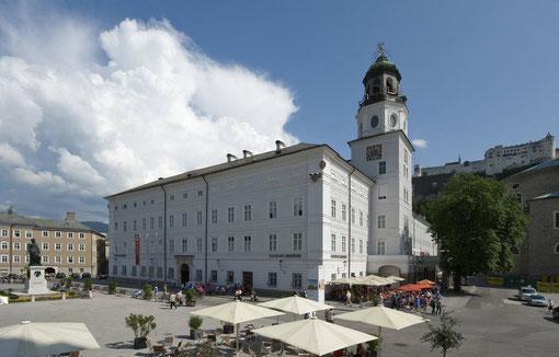 Mozartplatz und Residenz Salzburg