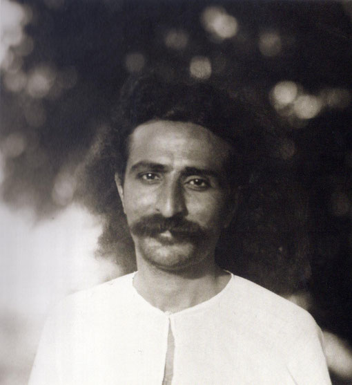 1928 : Meher Baba in Toka, India ( close up ). LM p.1097