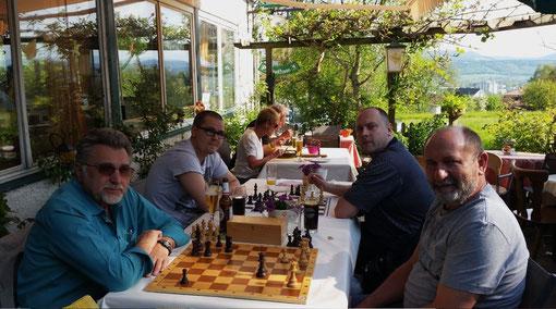 Am Brett: Stephan Eliczi, Stephan Zaugg, Adam Bonic und Antun Vuksic