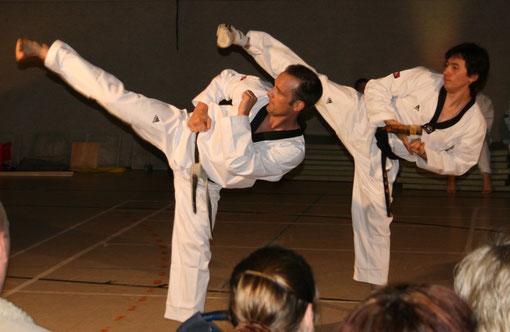 Taekwondo Stade Poomsae Koryo, Yop Chagi mit Mike Paustian