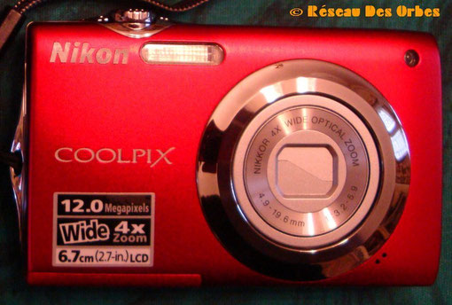 Nikon compact S 3000