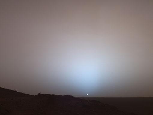 Coucher de Soleil vu depuis la planète Mars 19 mai 2005 (Mars Exploration Rover Spirit - NASA))