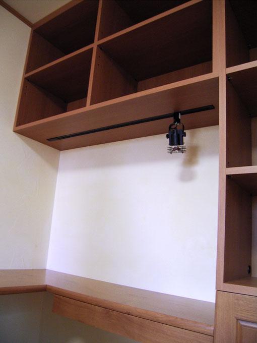 書斎に造り付けした巨大キャビネット(杉並区・K様邸)現場組み立て