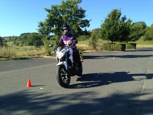 Motorrad-Grundfahraufgaben