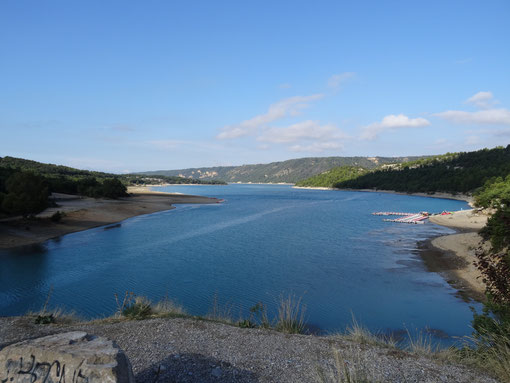 Bild: Lac de Saint-Croix am Ausfluss des Gorges du Verdon
