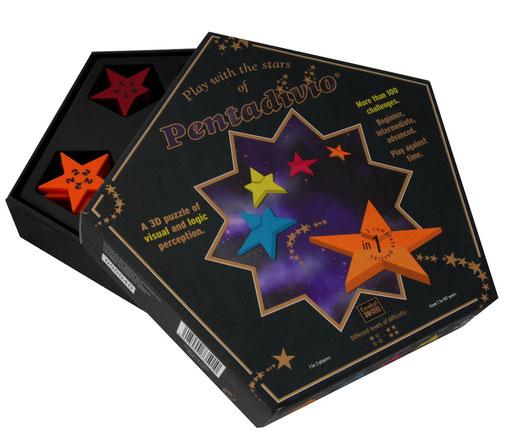 Pentadivio pour Patrick Timmermans: un puzzle casse-tête. Injection et marquage des pièces. Boîte pentagonale pliante, calage thermoformé et étoile pour contenir le puzzle.