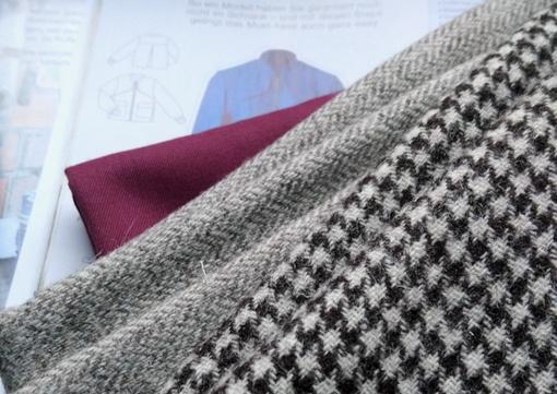 Wollstoffe für nächstes Jackenprojekt © GriseldaK 2020