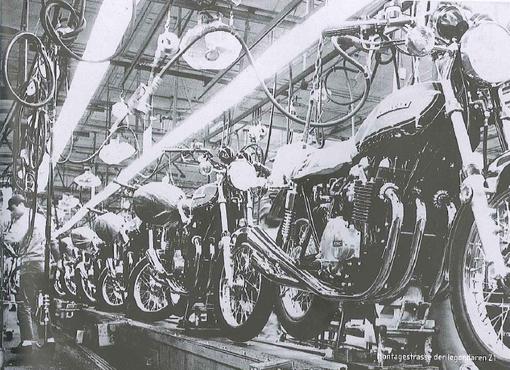 la chaine de montage des Z1 de l'usine d'Akashi