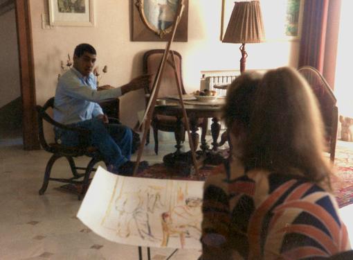 Bettina Heinen- Ayech beim Malen in Ihrem Atelier in Guelma, 1989