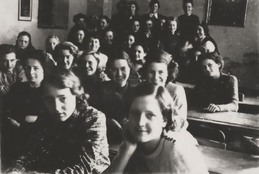 Historisches Foto: Aus dem Archiv von Erwin Bowien, eine Klasse aus seinem Unterricht