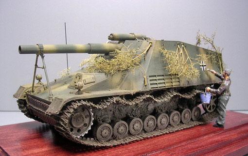 przystępna cena nowy styl życia nowy produkt SdKfz 165 Hummel früh - www.panzer-bau.de/diorama/militär/1:35