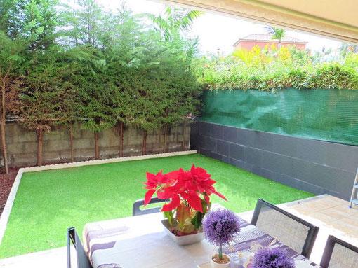 Kleiner abgeschlossener Garten