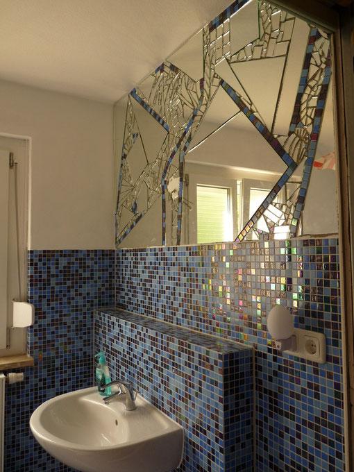 spiegel mosaik wandgestaltung wohn design. Black Bedroom Furniture Sets. Home Design Ideas