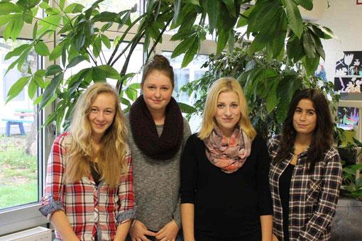 Neue Schülervertreter: Mirja Berth, Mina Aßmann, Olivia Watzlaw und Meltem Kizilhan (alle Klasse 9R2)