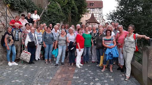 Gruppenbild der LandFrauen (teils mit Ehemänner) in Schwäbisch Hall.