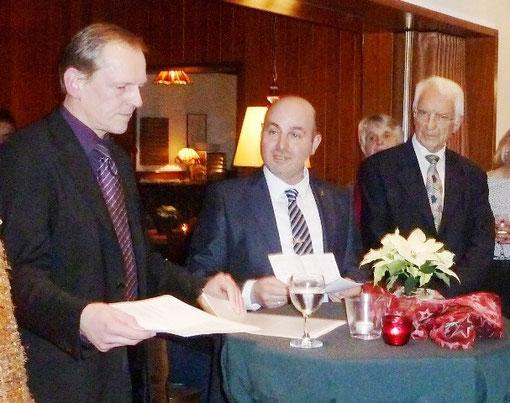 Albert Wulff (Vorsitzender der FDP-Alfter, Imad Rahi, Konrad Hobe (Vorsitzender der FDP-Fraktion im Rat                  der Gemeinde Alfter