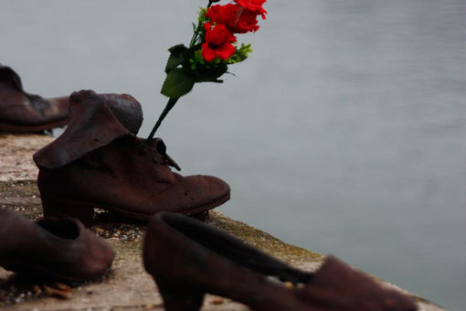"The Memorial ""Shoes on the banks of the Danube"" in Budapest, Sights of Budapest"