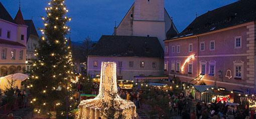 Foto: Adventmarkt am Greiner Stadtplatz