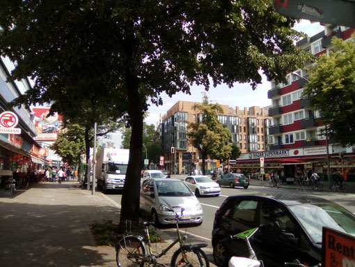 Potsdamer Straße, Kreuzung Kurfürstenstraße.