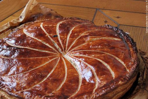 Blätterteig mit Mandelcreme gefüllt - Galette des rois à la frangipane.